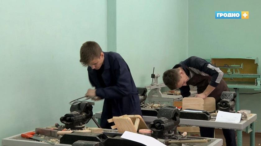 В Гродно стартовал областной этап школьных олимпиад по учебным предметам