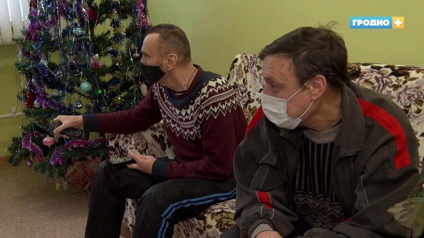 Как переживают сильные морозы бездомные в Гродно?